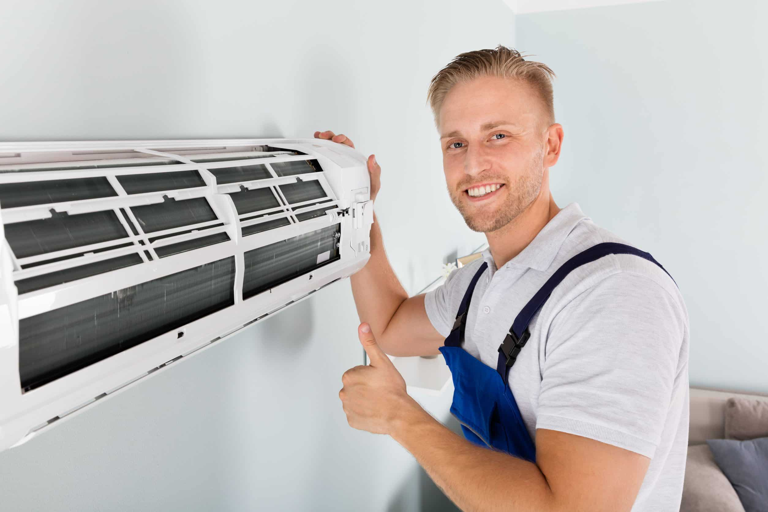 Male Electrician Gesturing Thumbs Up | savannah residential hvac
